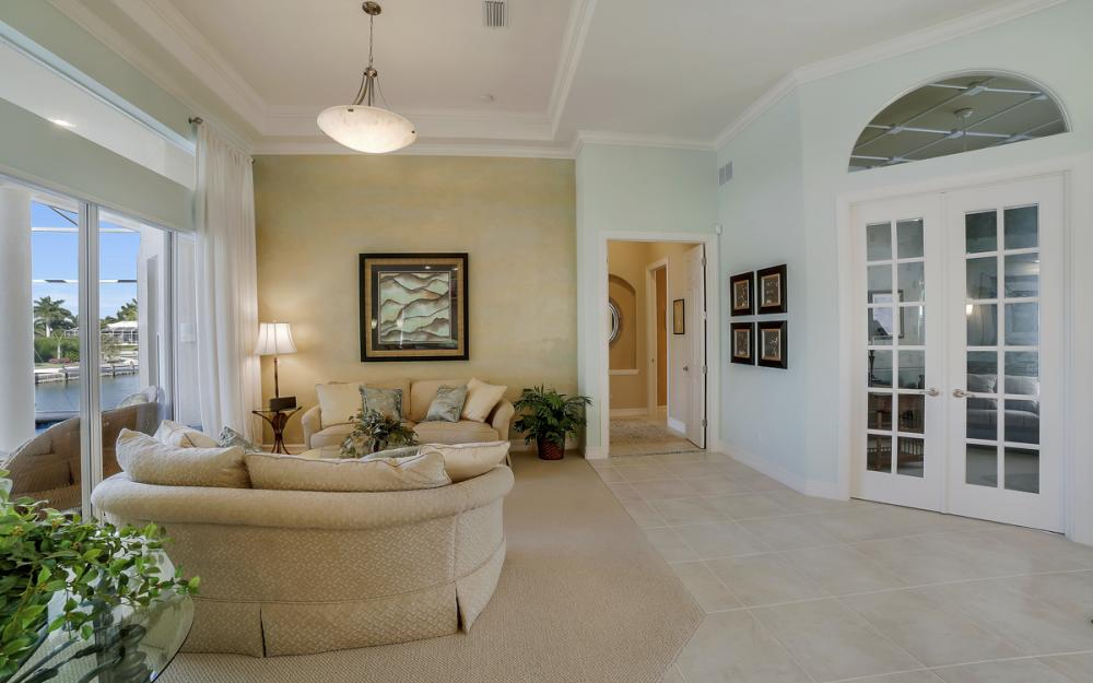 940 Beaver Ct, Marco Island - Home For Sale 399740919