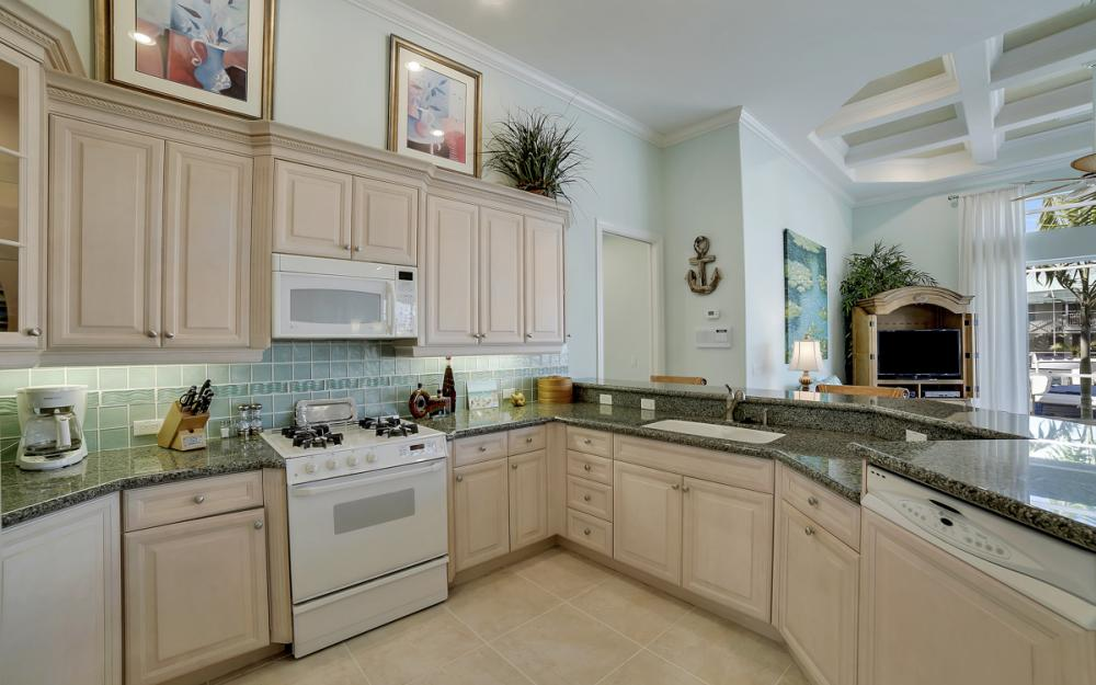 940 Beaver Ct, Marco Island - Home For Sale 2136121148