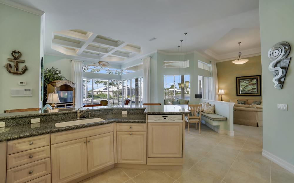 940 Beaver Ct, Marco Island - Home For Sale 1246950401