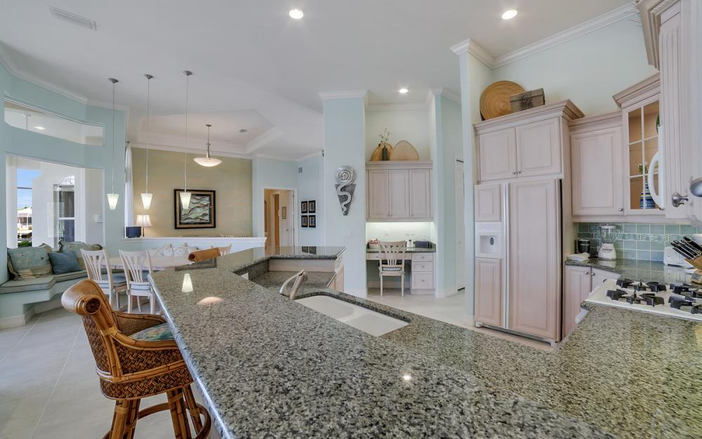 940 Beaver Ct, Marco Island - Home For Sale 134888522