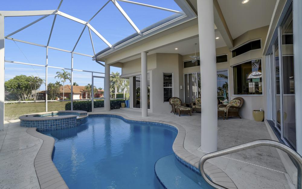 940 Beaver Ct, Marco Island - Home For Sale 2000049313