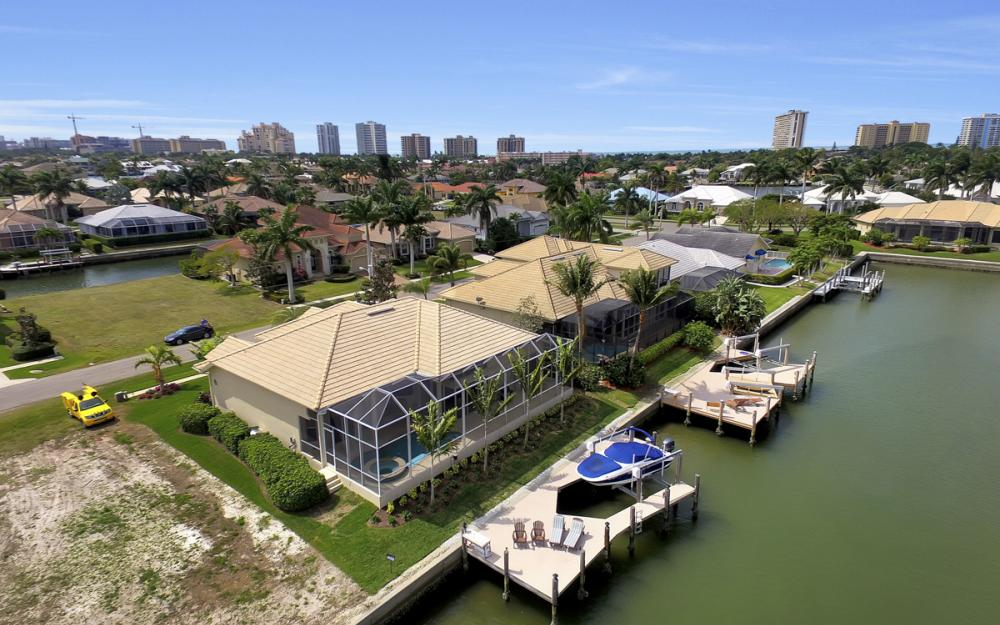 940 Beaver Ct, Marco Island - Home For Sale 368243574