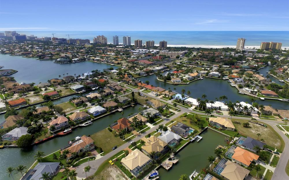940 Beaver Ct, Marco Island - Home For Sale 309790286