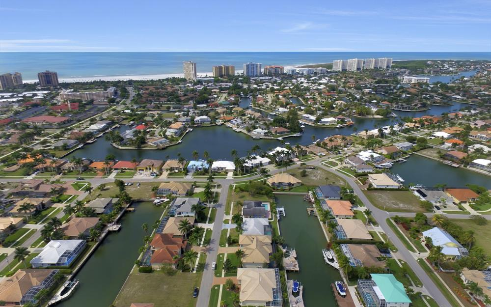 940 Beaver Ct, Marco Island - Home For Sale 1461691239