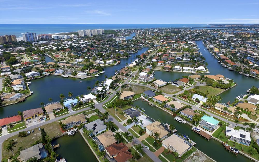 940 Beaver Ct, Marco Island - Home For Sale 2085566564