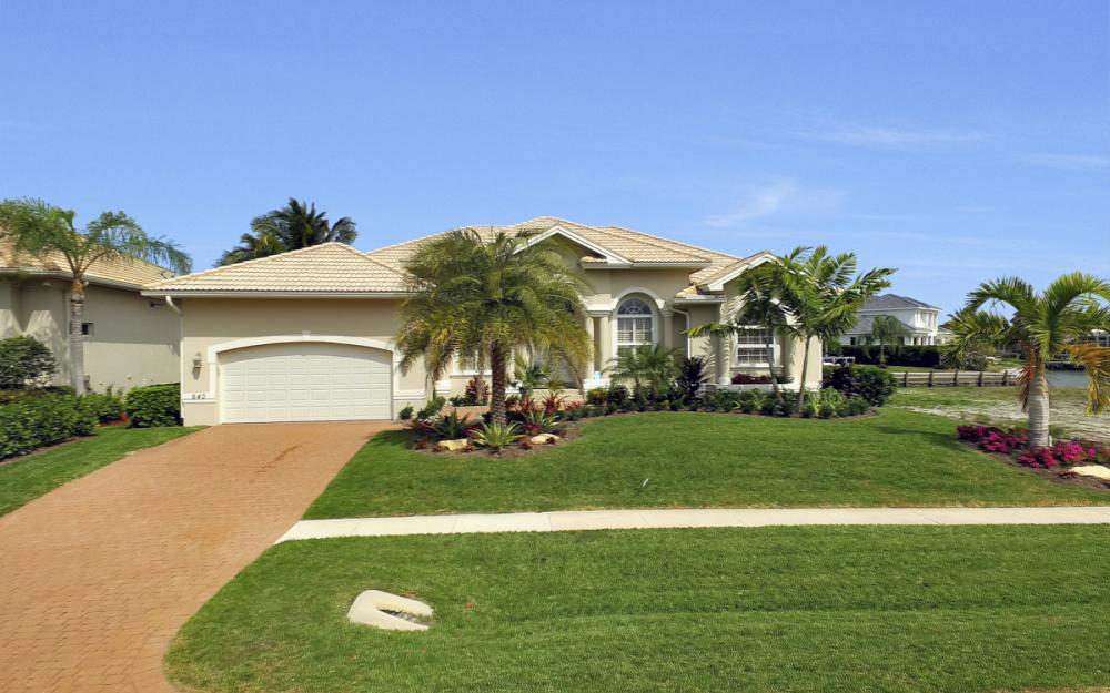 940 Beaver Ct, Marco Island - Home For Sale 283847870