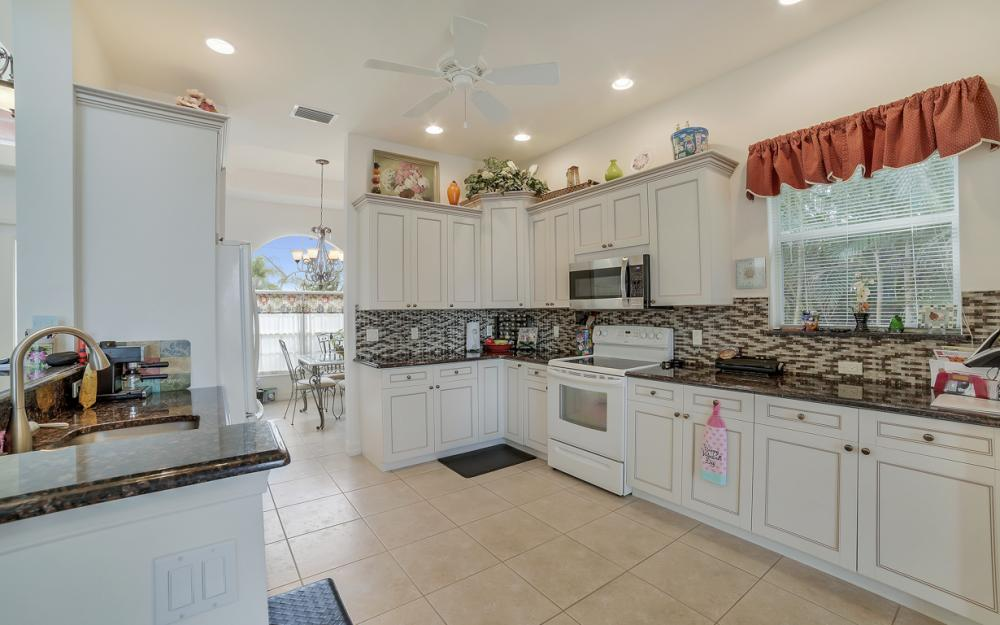 3634 Bayview Ave, St James City - Home For Sale 673196143