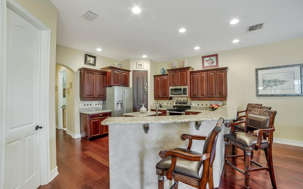 4237 SW 23rd Ave, Cape Coral - Home For Sale 2028646108