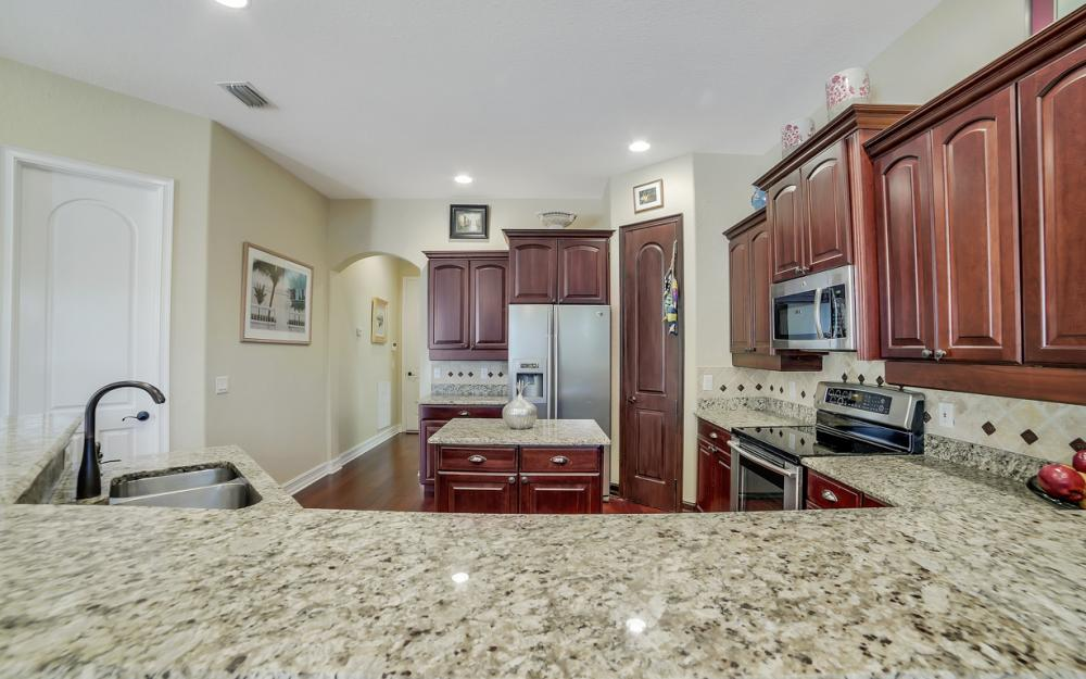 4237 SW 23rd Ave, Cape Coral - Home For Sale 350312944