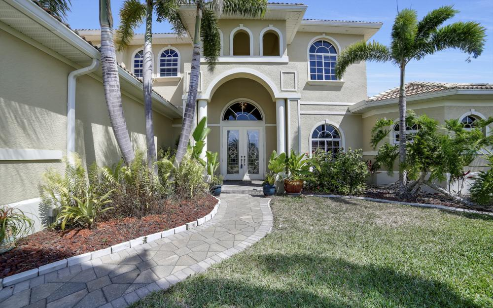 4237 SW 23rd Ave, Cape Coral - Home For Sale 363177463