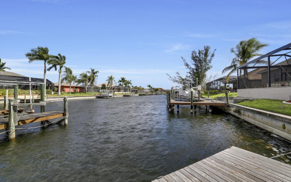 4237 SW 23rd Ave, Cape Coral - Home For Sale 1799065877