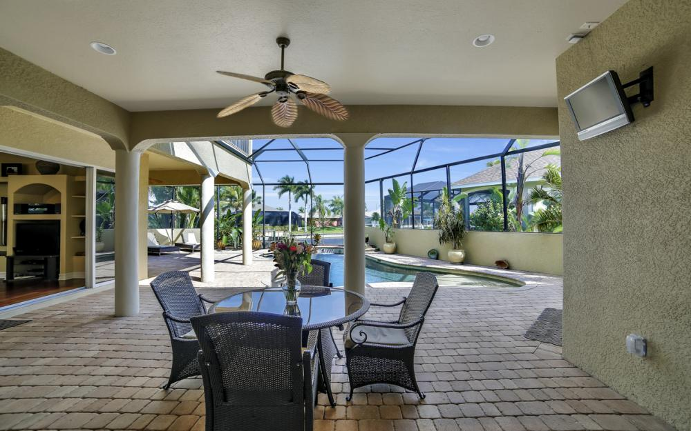 4237 SW 23rd Ave, Cape Coral - Home For Sale 50025921
