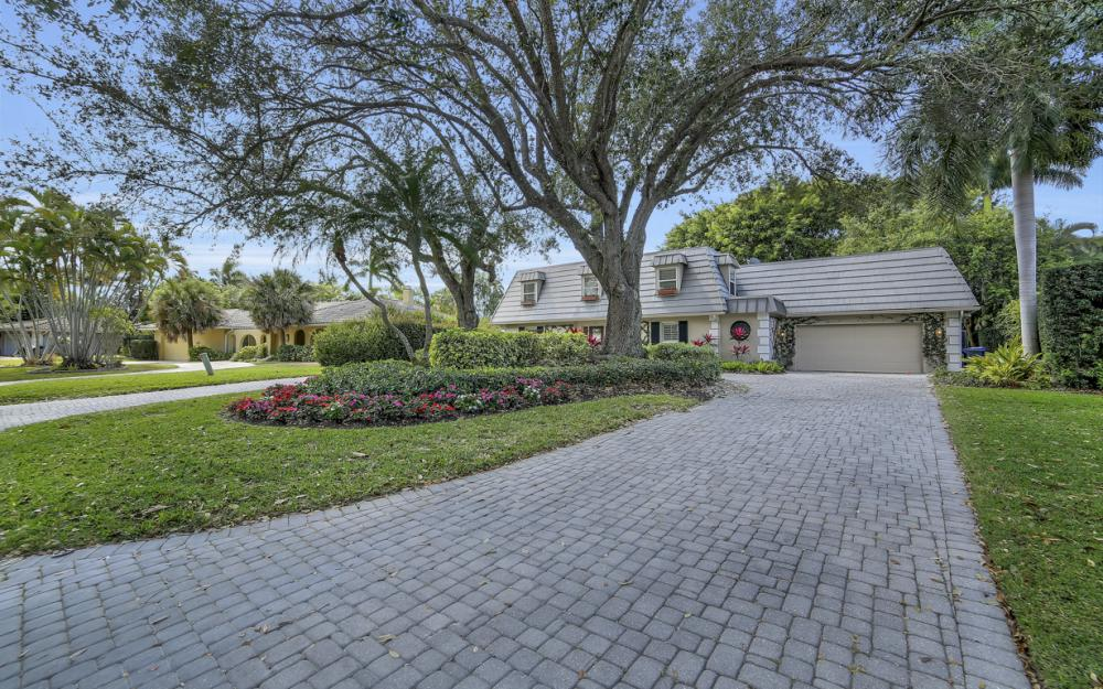 719 Willowhead Dr, Naples - Home For Sale 2048787977