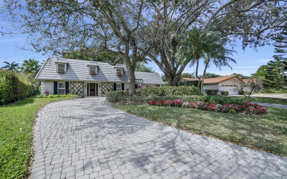 719 Willowhead Dr, Naples - Home For Sale 1811654533