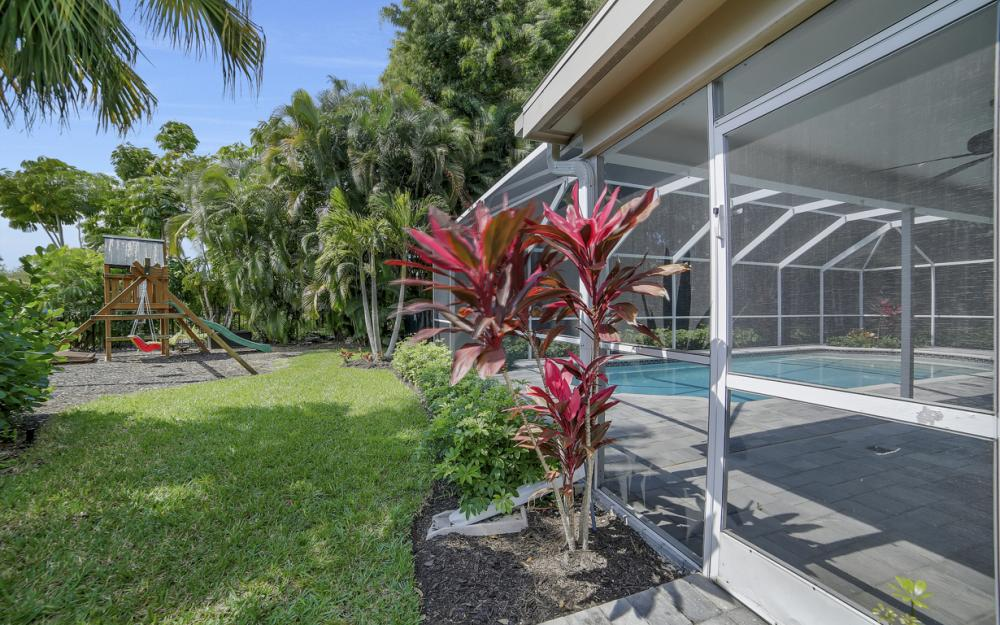 719 Willowhead Dr, Naples - Home For Sale 90662337