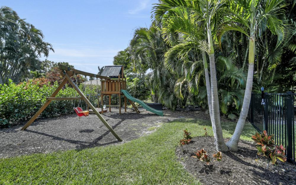 719 Willowhead Dr, Naples - Home For Sale 357764866