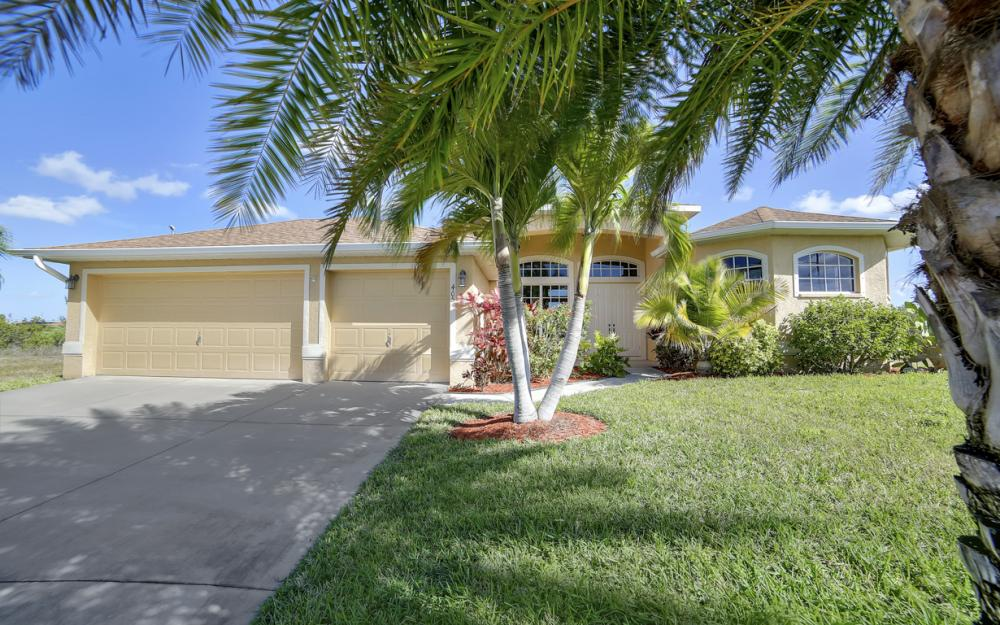 405 NW 8th Terrace, Cape Coral - Home For Sale 955628137