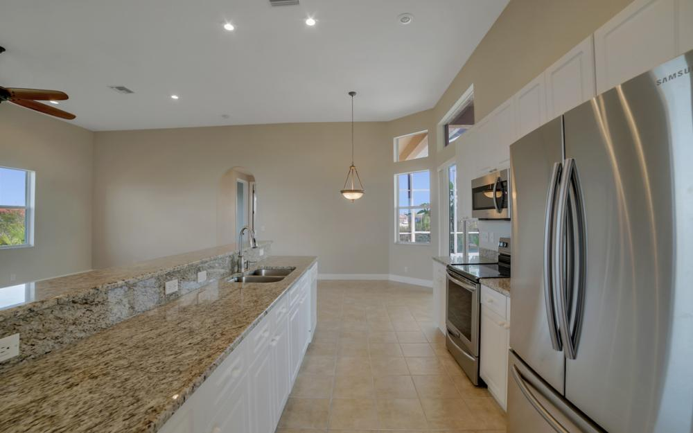 405 NW 8th Terrace, Cape Coral - Home For Sale 338060867