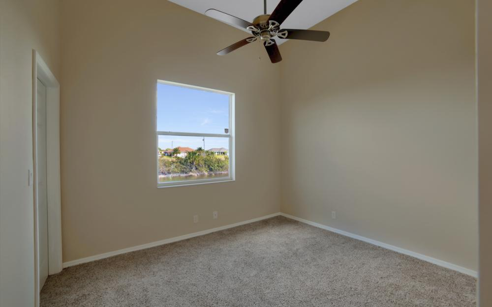 405 NW 8th Terrace, Cape Coral - Home For Sale 319296706