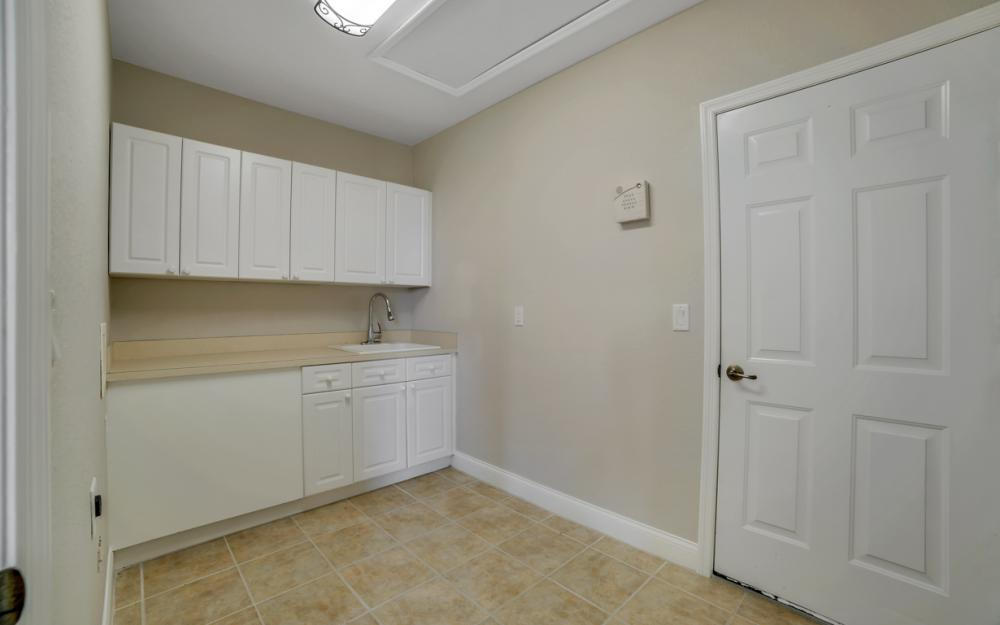 405 NW 8th Terrace, Cape Coral - Home For Sale 634137260