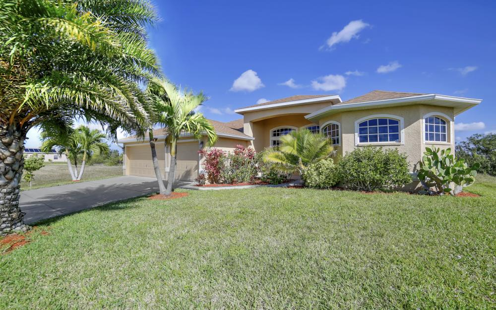 405 NW 8th Terrace, Cape Coral - Home For Sale 858183513