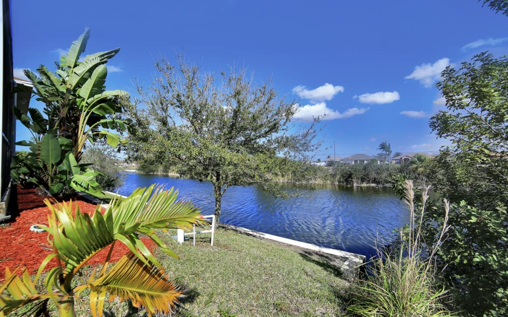405 NW 8th Terrace, Cape Coral - Home For Sale 1477078644