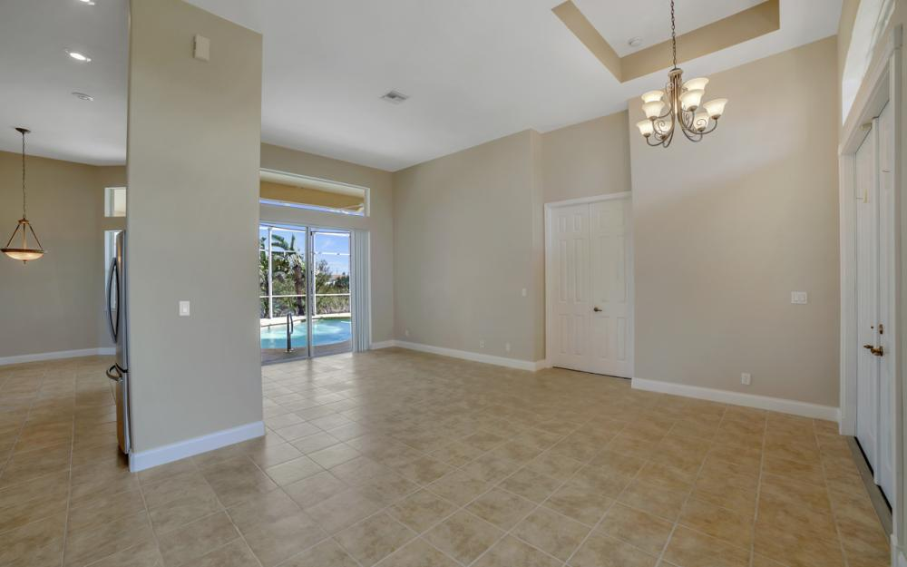405 NW 8th Terrace, Cape Coral - Home For Sale 1075377959