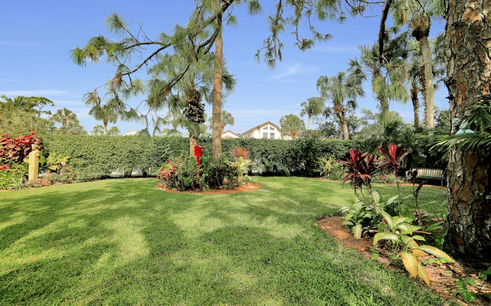 60 Grey Wing Point, Naples - Home For Sale 887704276