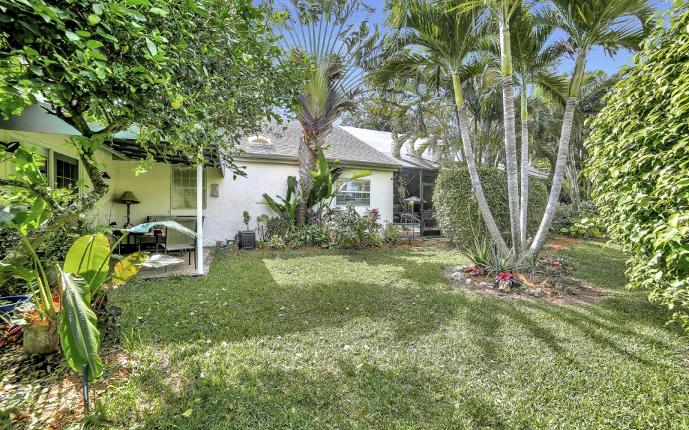 60 Grey Wing Point, Naples - Home For Sale 2111523696