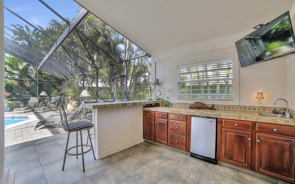 60 Grey Wing Point, Naples - Home For Sale 611356955