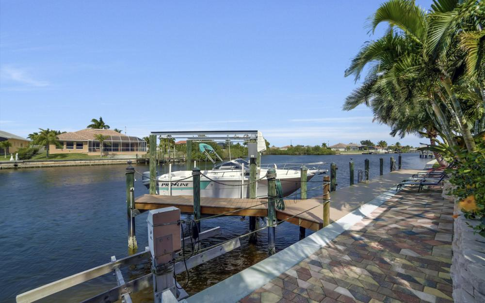 3513 NW 3rd Ter, Cape Coral - Home For Sale 875421731