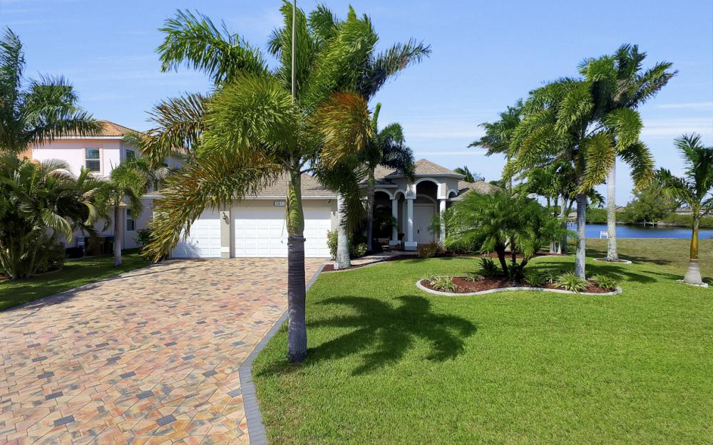 3513 NW 3rd Ter, Cape Coral - Home For Sale 752667787