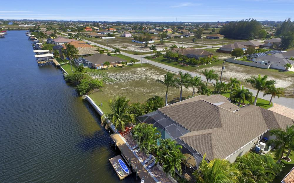 3513 NW 3rd Ter, Cape Coral - Home For Sale 345557924