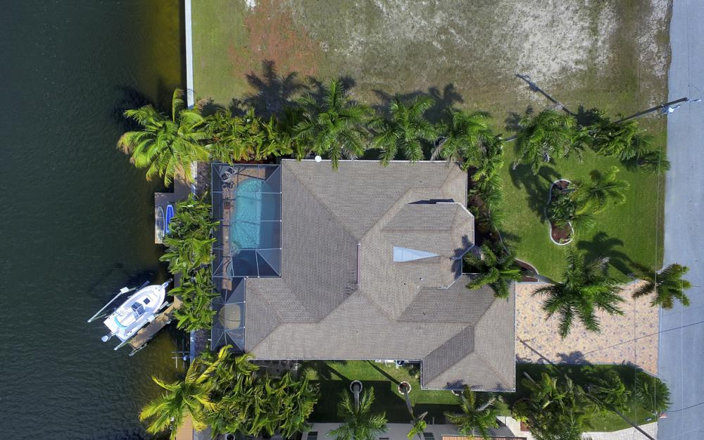 3513 NW 3rd Ter, Cape Coral - Home For Sale 888138689