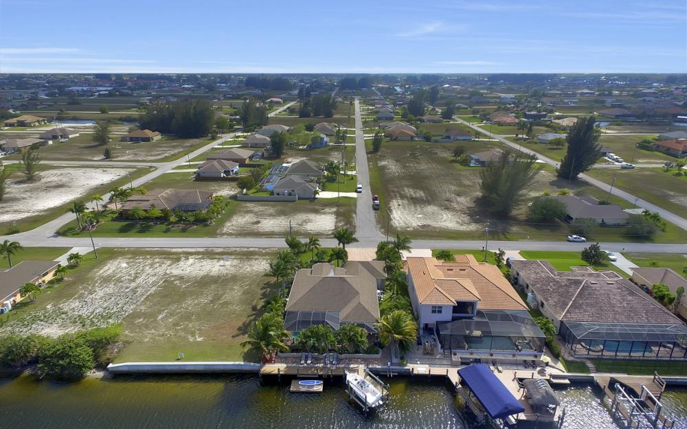 3513 NW 3rd Ter, Cape Coral - Home For Sale 155374505