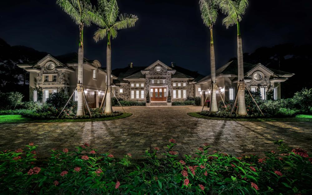 688 West St, Naples - Luxury Home For Sale 14439474