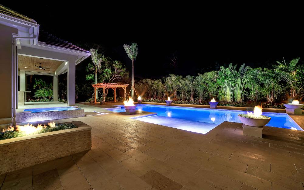 688 West St, Naples - Luxury Home For Sale 246995604