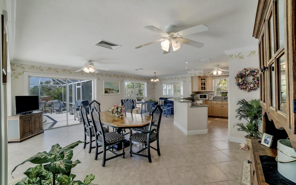 268 Shadowridge Ct, Marco Island - Home For Sale 233393286