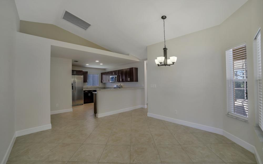 1300 SW 28th St, Cape Coral - Home For Sale 1921609729