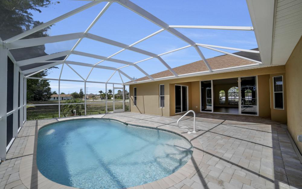 1300 SW 28th St, Cape Coral - Home For Sale 1051348301