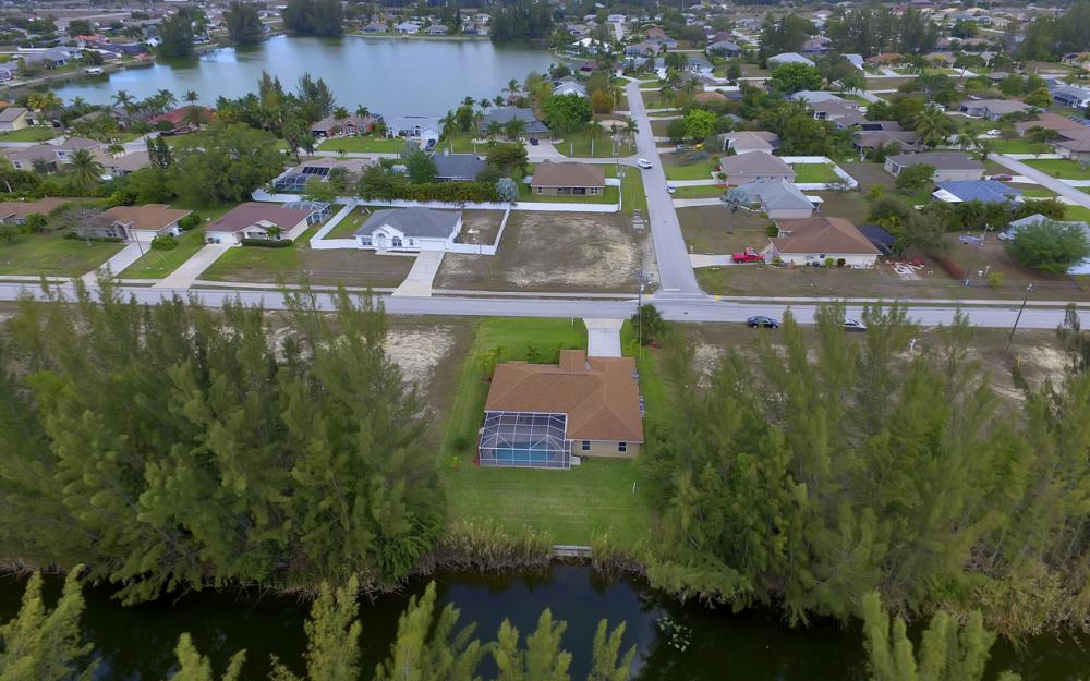 1300 SW 28th St, Cape Coral - Home For Sale 1540176452