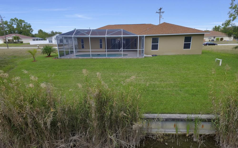 1300 SW 28th St, Cape Coral - Home For Sale 1152628474