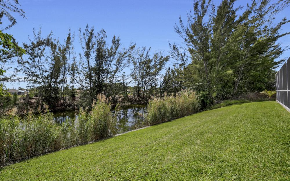 1300 SW 28th St, Cape Coral - Home For Sale 694697474