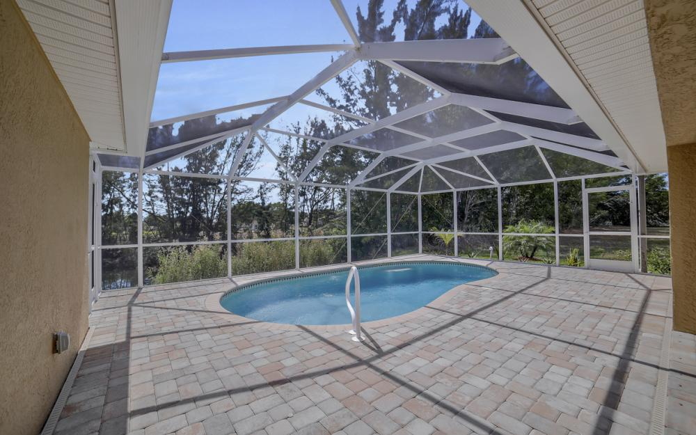 1300 SW 28th St, Cape Coral - Home For Sale 849188093