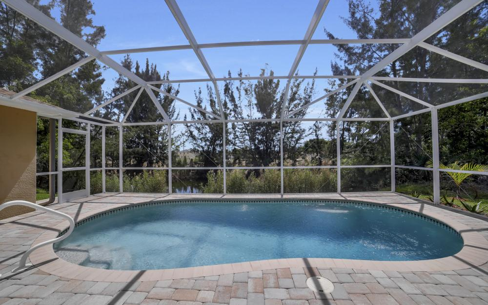 1300 SW 28th St, Cape Coral - Home For Sale 1964001287