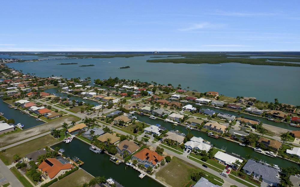 250 Rockhill Ct, Marco Island - Lot For Sale 1626700073