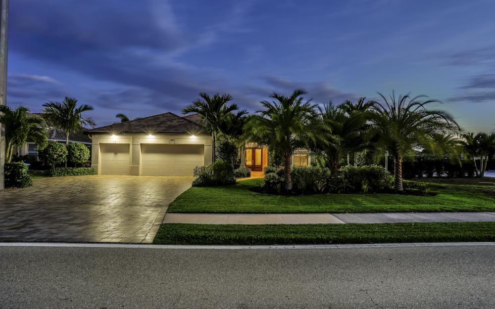 1823 Cape Coral Pkwy W, Cape Coral - House For Sale 1284599373