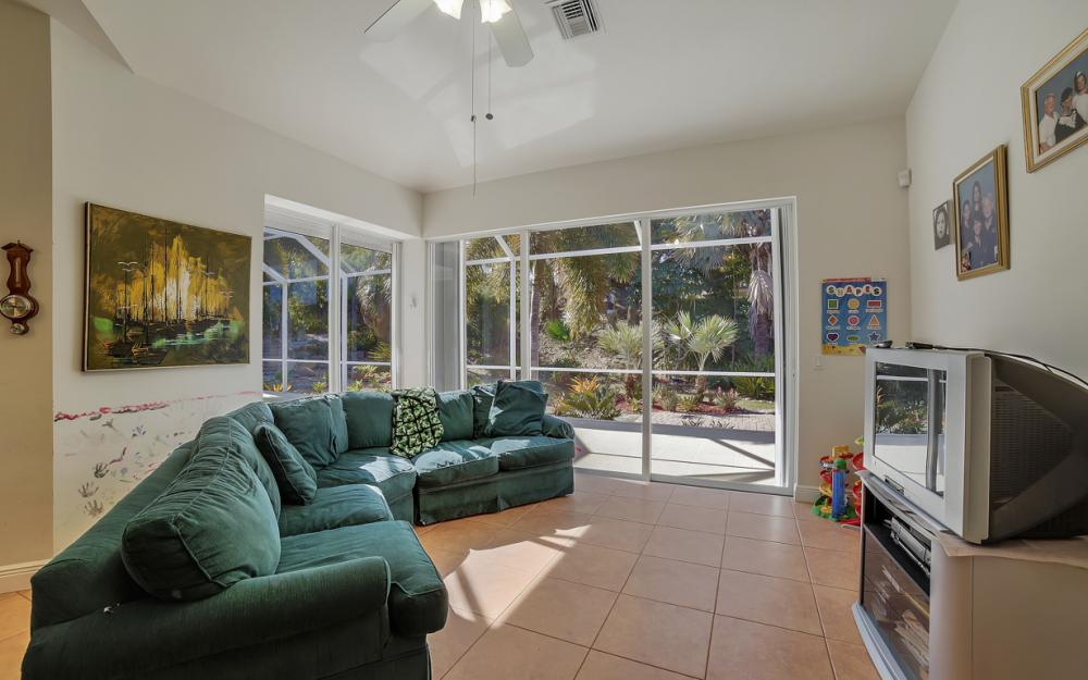 1611 N Copeland Dr, Marco Island - Home For Sale 984645913