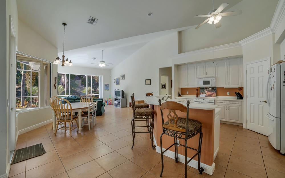 1611 N Copeland Dr, Marco Island - Home For Sale 392549848