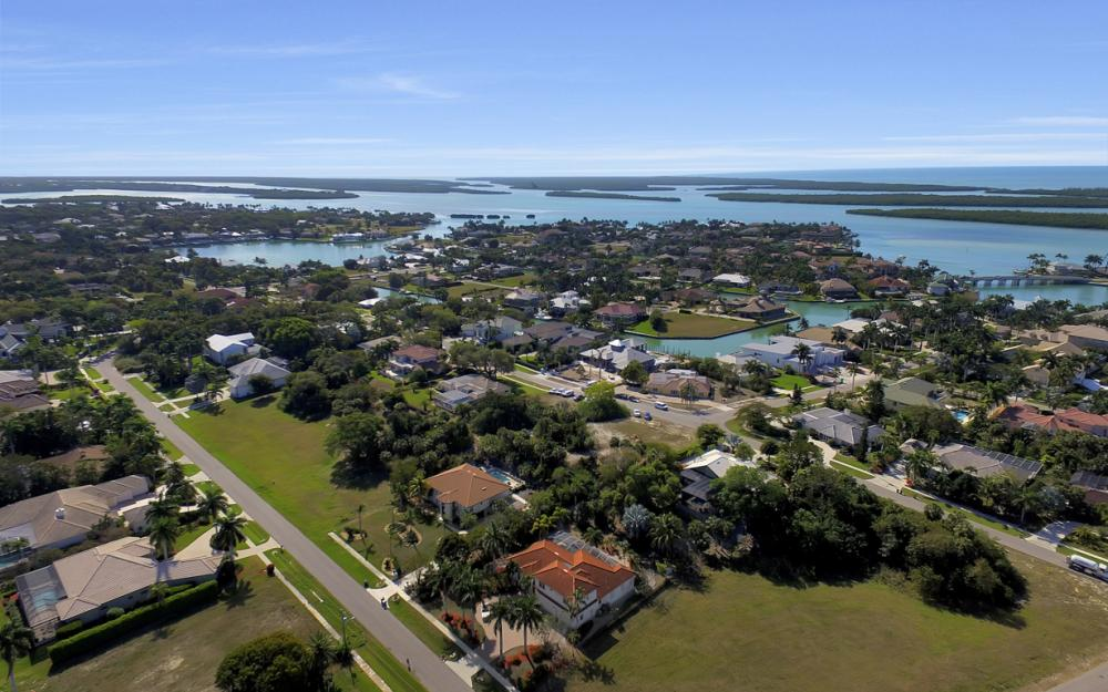1611 N Copeland Dr, Marco Island - Home For Sale 816868826